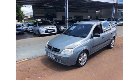 //www.autoline.com.br/carro/chevrolet/corsa-10-8v-sedan-gasolina-4p-manual/2003/cascavel-pr/7962087