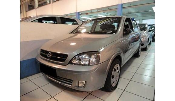 //www.autoline.com.br/carro/chevrolet/corsa-18-8v-sedan-gasolina-4p-manual/2003/guarulhos-sp/8419187