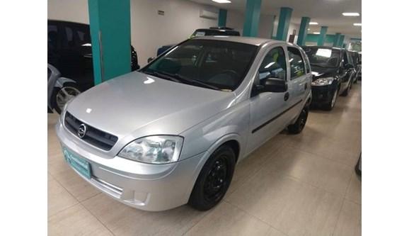 //www.autoline.com.br/carro/chevrolet/corsa-18-8v-gasolina-4p-manual/2003/joacaba-sc/8476027