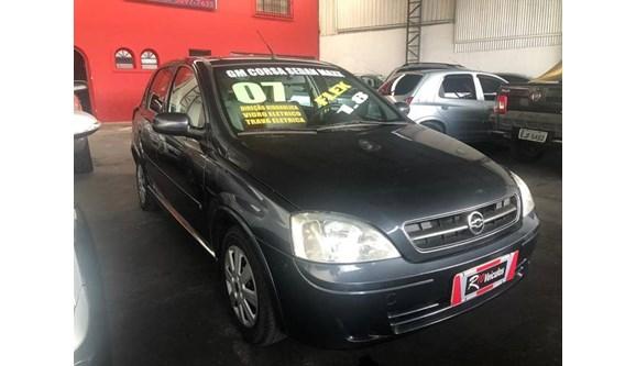 //www.autoline.com.br/carro/chevrolet/corsa-18-maxx-8v-sedan-flex-4p-manual/2007/sao-paulo-sp/8498805