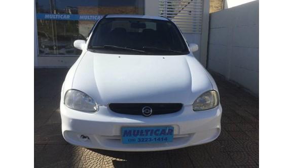 //www.autoline.com.br/carro/chevrolet/corsa-10-wind-milenium-8v-sedan-gasolina-4p-manual/2002/varginha-mg/8535177