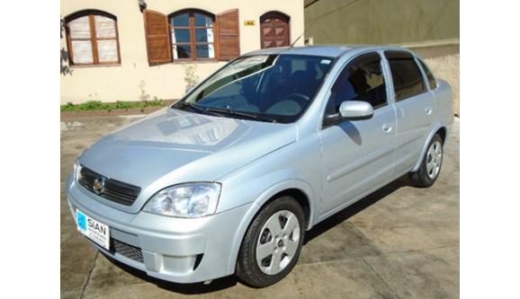 //www.autoline.com.br/carro/chevrolet/corsa-14-premium-8v-flex-4p-manual/2009/curitiba-pr/8763333