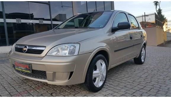 //www.autoline.com.br/carro/chevrolet/corsa-10-maxx-8v-flex-4p-manual/2008/joinville-sc/8816658