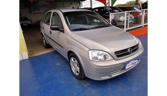 //www.autoline.com.br/carro/chevrolet/corsa-18-8v-sedan-flex-4p-manual/2004/cascavel-pr/9087671