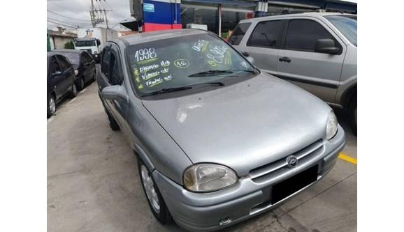 //www.autoline.com.br/carro/chevrolet/corsa-16-gl-4d-8v-sedan-gasolina-4p-manual/1998/osasco-sp/9551856
