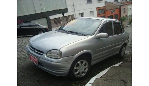 //www.autoline.com.br/carro/chevrolet/corsa-16-gls-4d-16v-sedan-gasolina-4p-manual/1999/sao-paulo-sp/6691267