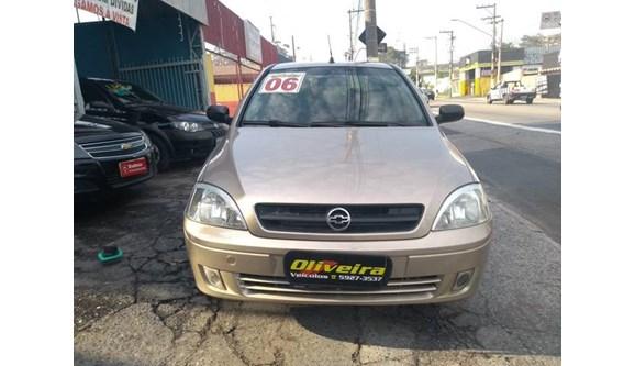 //www.autoline.com.br/carro/chevrolet/corsa-10-maxx-8v-sedan-flex-4p-manual/2006/sao-paulo-sp/6751361