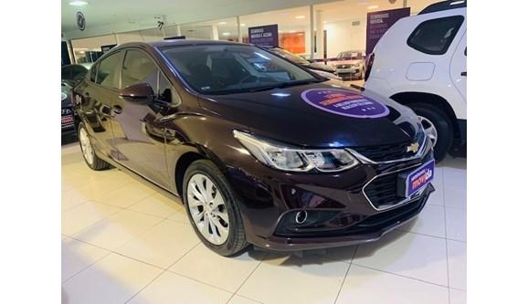 //www.autoline.com.br/carro/chevrolet/cruze-14-lt-16v-sedan-flex-4p-automatico/2018/manaus-am/10363690
