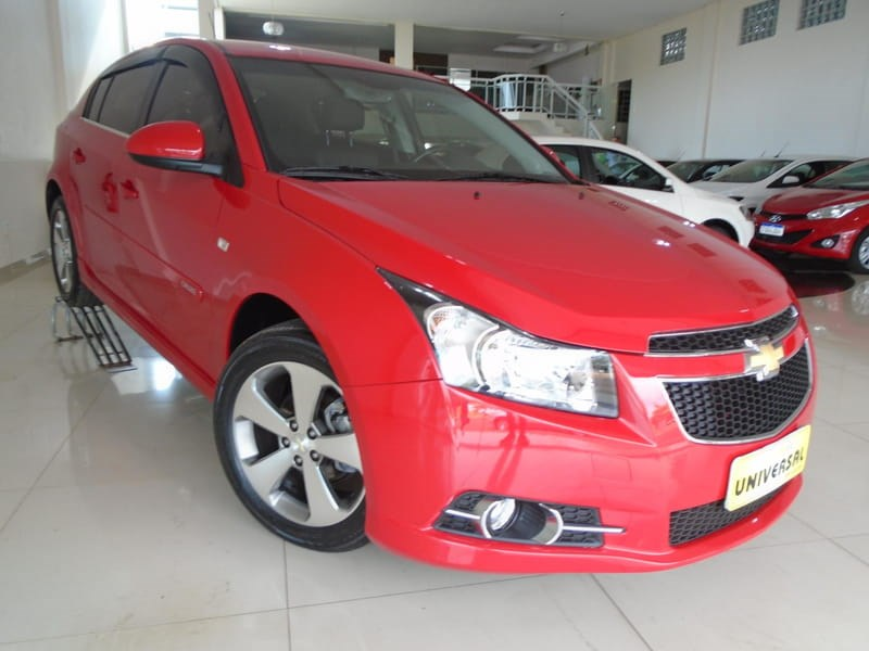 //www.autoline.com.br/carro/chevrolet/cruze-18-hb-sport-lt-16v-flex-4p-automatico/2014/tres-passos-rs/10994054