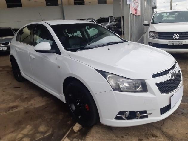 //www.autoline.com.br/carro/chevrolet/cruze-18-hatch-sport-ltz-16v-flex-4p-automatico/2012/morrinhos-go/11271153