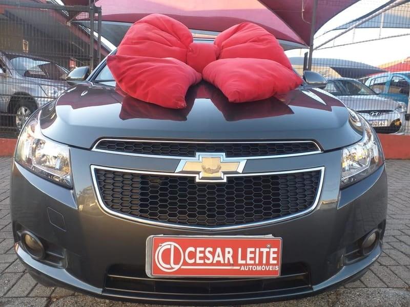 //www.autoline.com.br/carro/chevrolet/cruze-18-lt-16v-flex-4p-automatico/2013/curitiba-pr/11412239