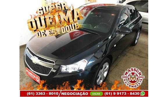 //www.autoline.com.br/carro/chevrolet/cruze-18-sedan-lt-16v-flex-4p-automatico/2012/brasilia-df/11647264