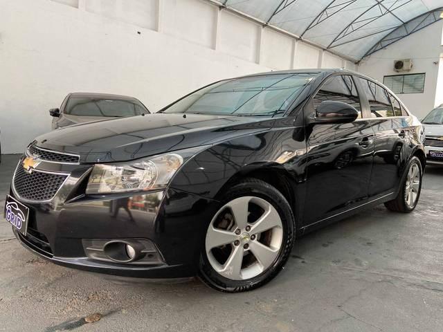 //www.autoline.com.br/carro/chevrolet/cruze-18-sedan-lt-16v-flex-4p-automatico/2012/sao-paulo-sp/11806266