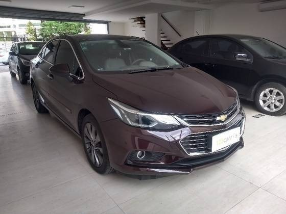 //www.autoline.com.br/carro/chevrolet/cruze-14-sedan-ltz-16v-flex-4p-turbo-automatico/2018/sao-paulo-sp/11944447