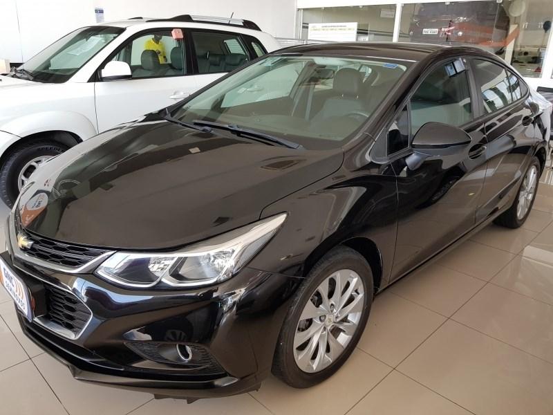 //www.autoline.com.br/carro/chevrolet/cruze-14-sedan-lt-16v-flex-4p-turbo-automatico/2017/salvador-ba/12310129