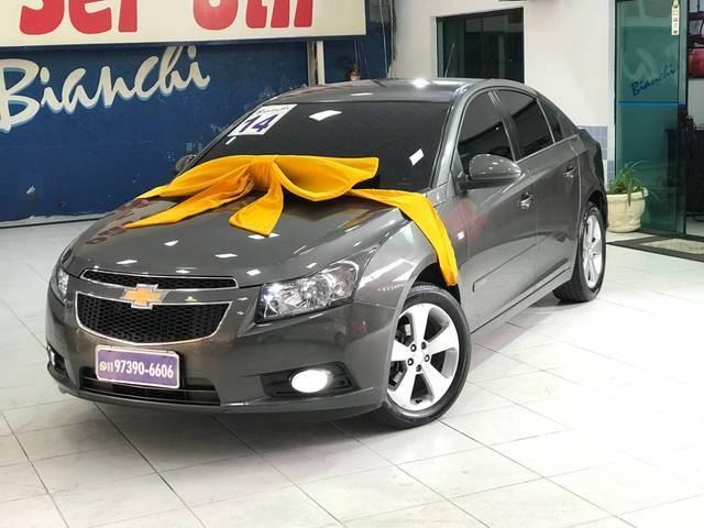 //www.autoline.com.br/carro/chevrolet/cruze-18-sedan-lt-16v-flex-4p-automatico/2014/sao-paulo-sp/12457398