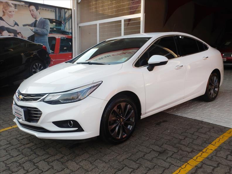 //www.autoline.com.br/carro/chevrolet/cruze-14-sedan-ltz-16v-flex-4p-turbo-automatico/2017/campinas-sp/12863086