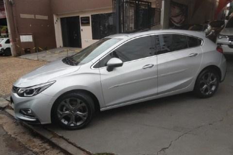 //www.autoline.com.br/carro/chevrolet/cruze-14-hatch-sport-ltz-16v-flex-4p-turbo-automati/2017/paulinia-sp/12870107