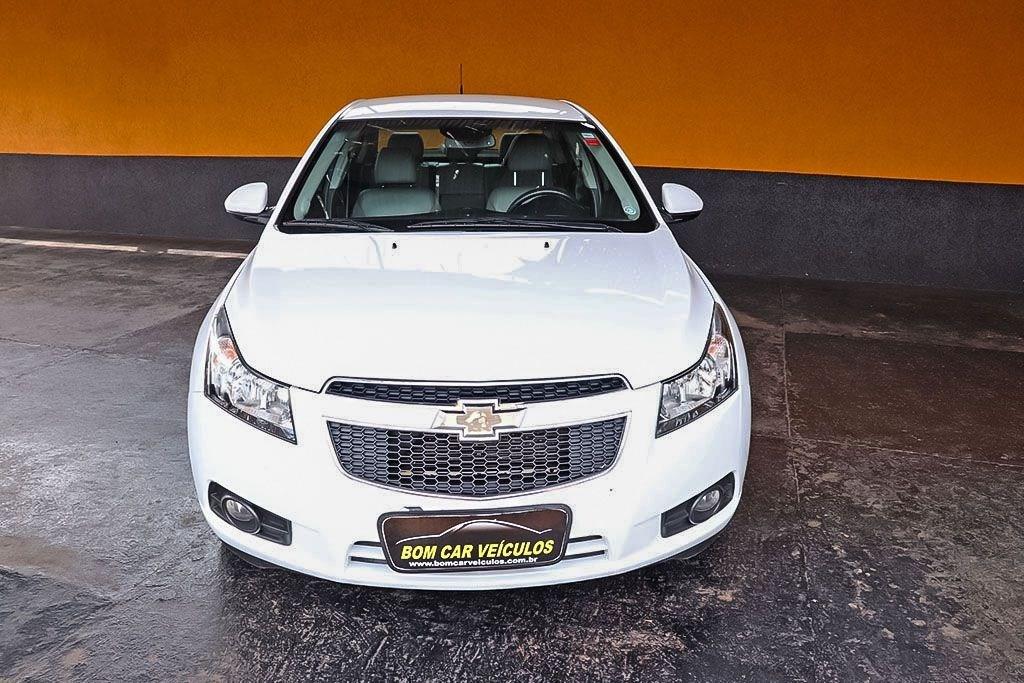 //www.autoline.com.br/carro/chevrolet/cruze-18-sedan-ltz-16v-flex-4p-automatico/2014/ribeirao-preto-sp/12942676