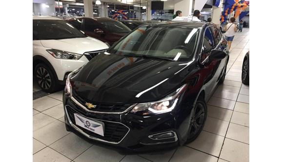 //www.autoline.com.br/carro/chevrolet/cruze-14-hatch-sport-ltz-16v-flex-4p-turbo-automati/2018/osasco-sp/13108626