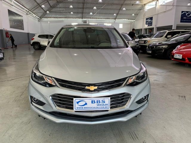 //www.autoline.com.br/carro/chevrolet/cruze-14-sedan-ltz-16v-flex-4p-turbo-automatico/2019/sao-paulo-sp/13138269