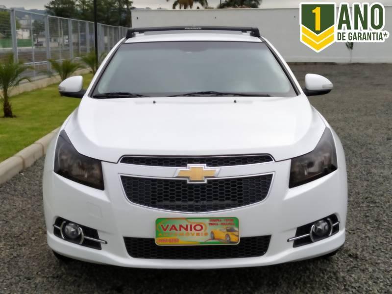 //www.autoline.com.br/carro/chevrolet/cruze-18-hatch-sport-ltz-16v-flex-4p-automatico/2014/criciuma-sc/13163345
