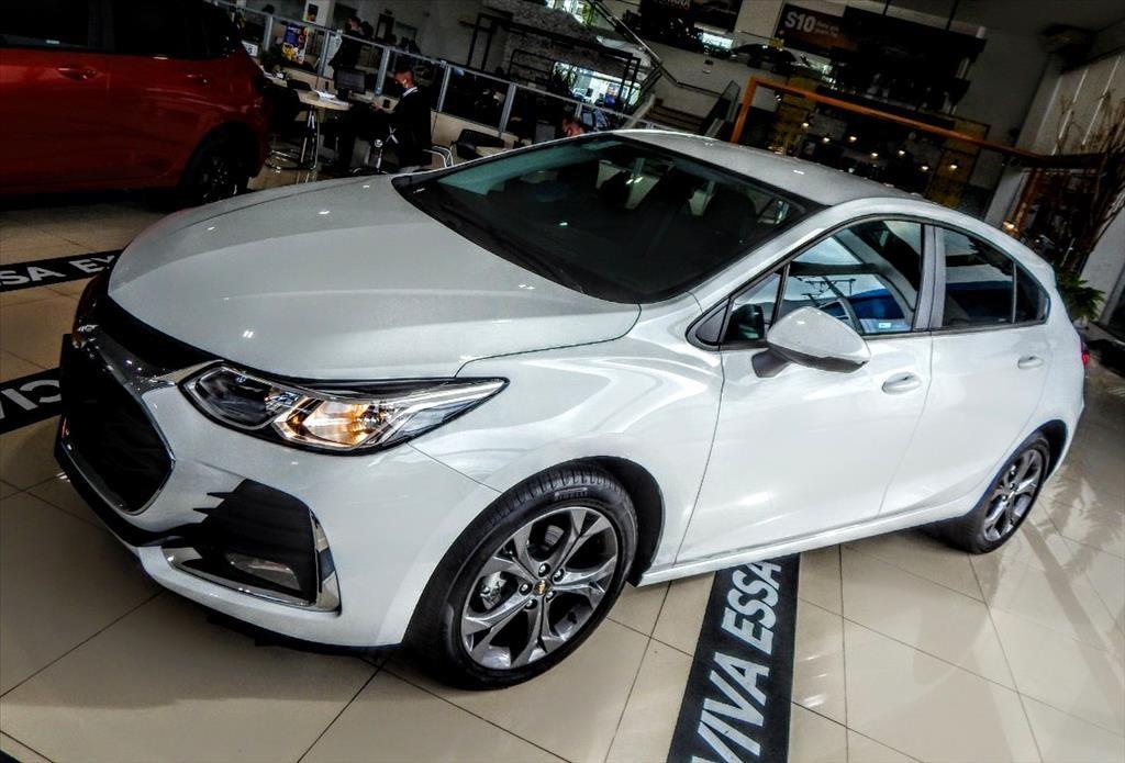 //www.autoline.com.br/carro/chevrolet/cruze-14-hatch-sport-lt-16v-flex-4p-turbo-automatic/2020/sao-jose-dos-pinhais-pr/13545766