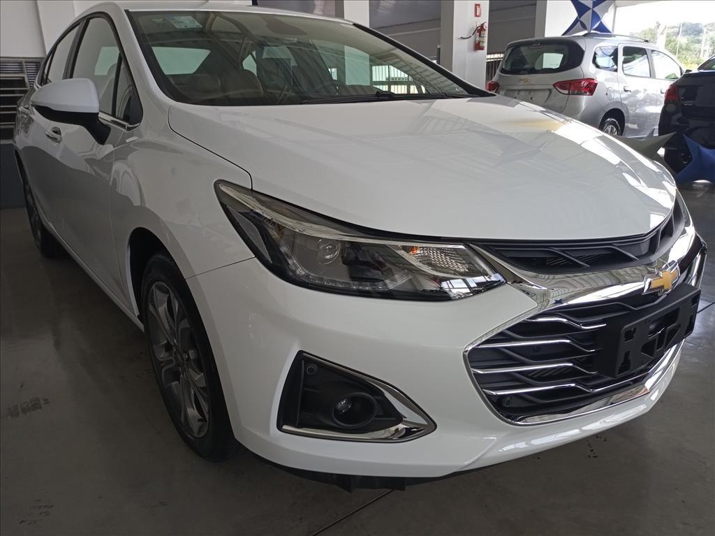 //www.autoline.com.br/carro/chevrolet/cruze-14-sedan-premier-16v-flex-4p-turbo-automatico/2020/vinhedo-sp/13565364