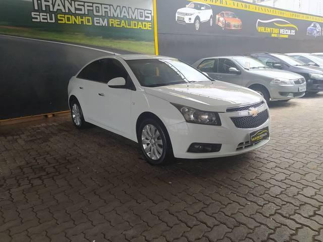 //www.autoline.com.br/carro/chevrolet/cruze-18-sedan-ltz-16v-flex-4p-automatico/2012/brasilia-df/13806367