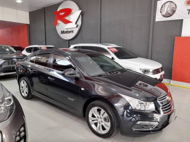 //www.autoline.com.br/carro/chevrolet/cruze-18-sedan-ltz-16v-flex-4p-automatico/2015/sao-paulo-sp/13930421