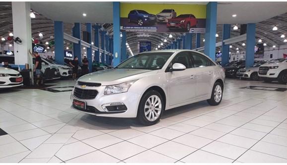 //www.autoline.com.br/carro/chevrolet/cruze-18-sedan-lt-16v-flex-4p-automatico/2015/curitiba-pr/13971814