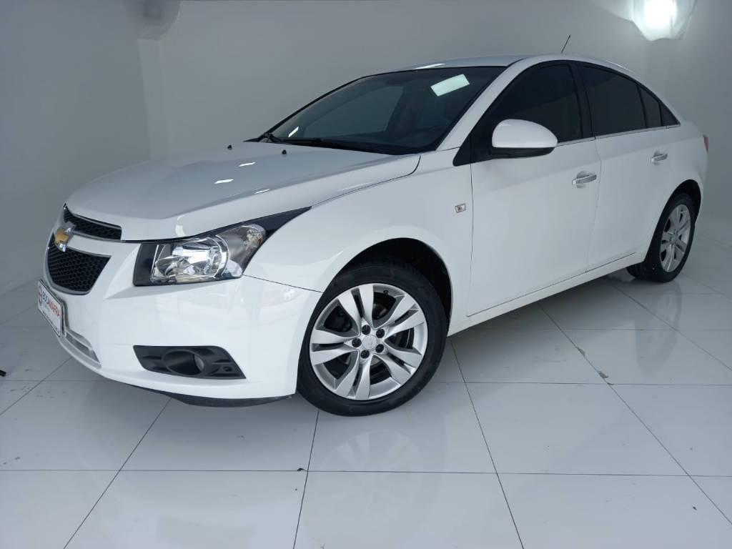 //www.autoline.com.br/carro/chevrolet/cruze-18-sedan-ltz-16v-flex-4p-automatico/2013/brusque-sc/14029283