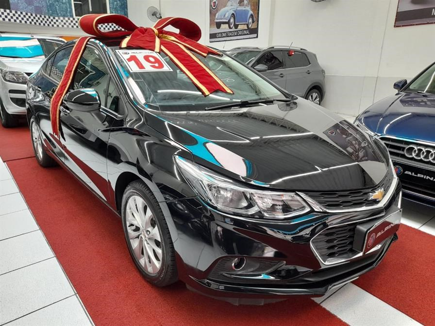 //www.autoline.com.br/carro/chevrolet/cruze-14-sedan-lt-16v-flex-4p-turbo-automatico/2019/sao-paulo-sp/14061686
