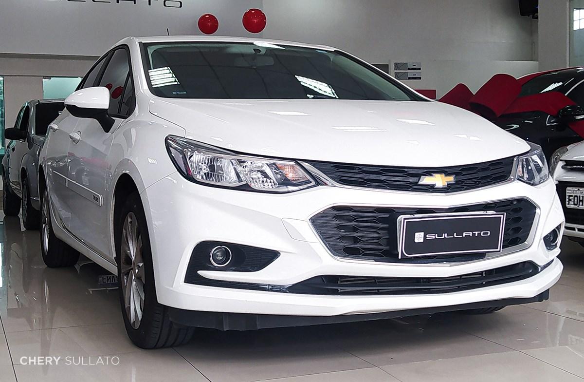 //www.autoline.com.br/carro/chevrolet/cruze-14-sedan-lt-16v-flex-4p-turbo-automatico/2019/sao-paulo-sp/14076934