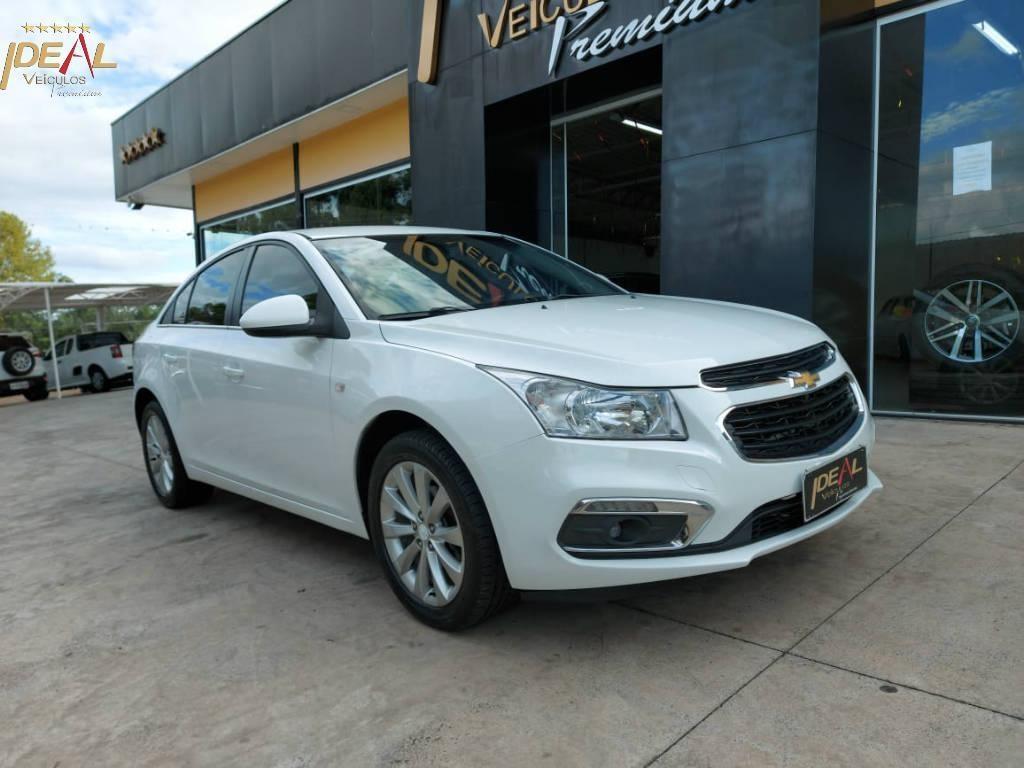 //www.autoline.com.br/carro/chevrolet/cruze-18-sedan-lt-16v-flex-4p-automatico/2016/xanxere-sc/14209430