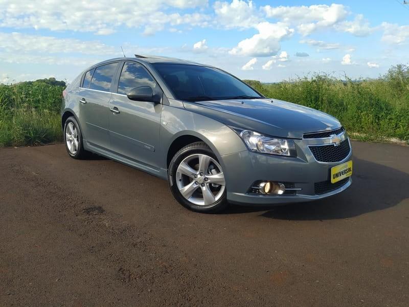 //www.autoline.com.br/carro/chevrolet/cruze-18-hatch-sport-ltz-16v-flex-4p-automatico/2013/tres-passos-rs/14335717
