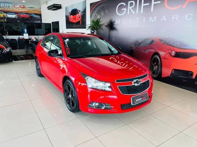 //www.autoline.com.br/carro/chevrolet/cruze-18-hatch-sport-lt-16v-flex-4p-manual/2014/dois-irmaos-rs/14359378