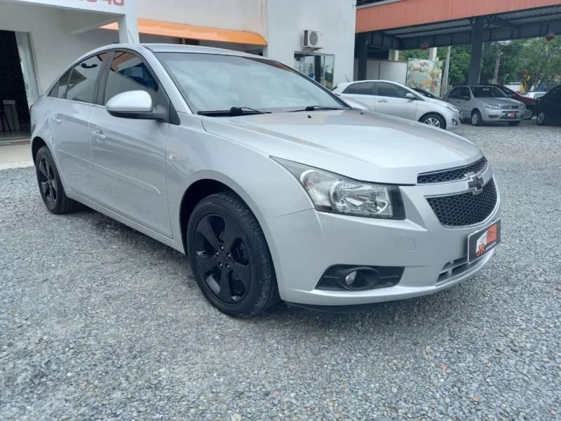 //www.autoline.com.br/carro/chevrolet/cruze-18-sedan-lt-16v-flex-4p-manual/2014/sao-joao-batista-sc/14398807