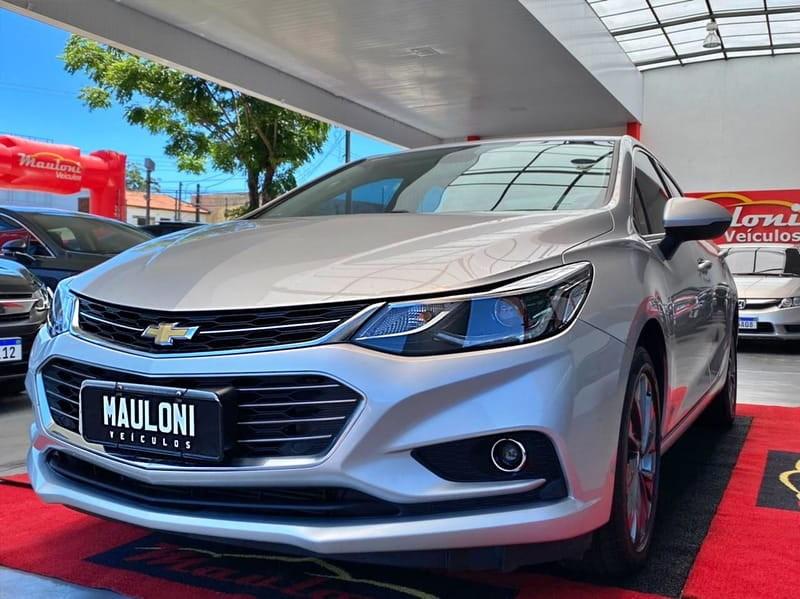 //www.autoline.com.br/carro/chevrolet/cruze-14-sedan-ltz-16v-flex-4p-turbo-automatico/2018/curitiba-pr/14440650