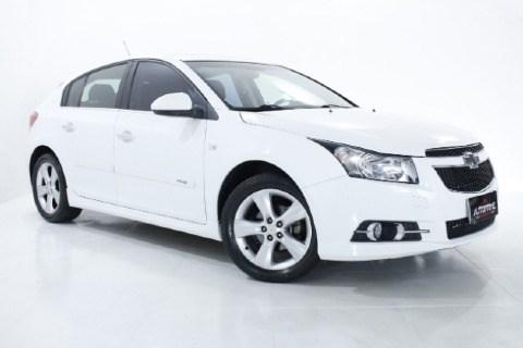 //www.autoline.com.br/carro/chevrolet/cruze-18-hatch-sport-ltz-16v-flex-4p-automatico/2014/taubate-sp/14496055