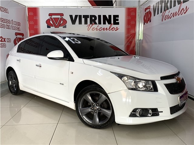 //www.autoline.com.br/carro/chevrolet/cruze-18-hatch-sport-ltz-16v-flex-4p-automatico/2013/belo-horizonte-mg/14520776