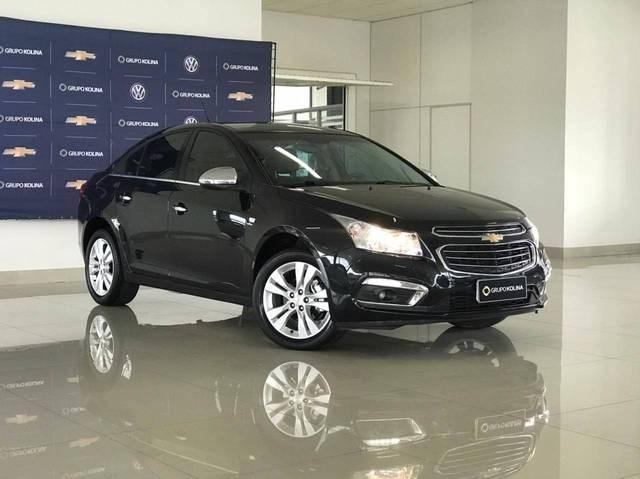 //www.autoline.com.br/carro/chevrolet/cruze-18-sedan-ltz-16v-flex-4p-automatico/2016/tubarao-sc/14549970