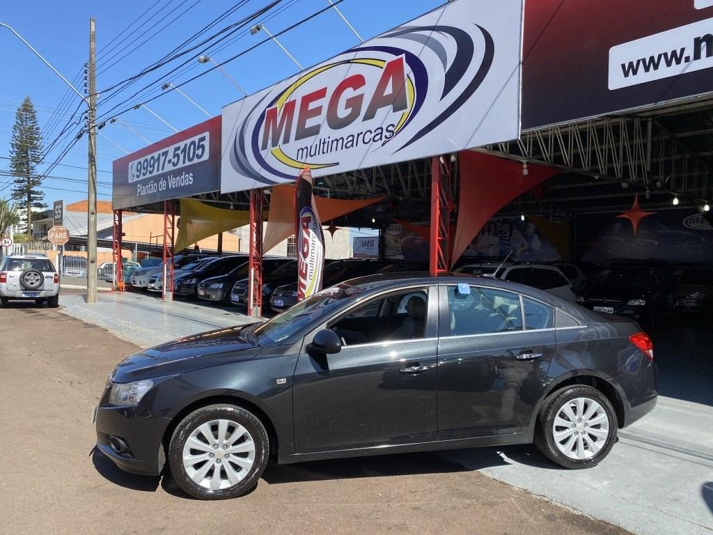 //www.autoline.com.br/carro/chevrolet/cruze-18-sedan-ltz-16v-flex-4p-automatico/2012/cascavel-pr/14582095