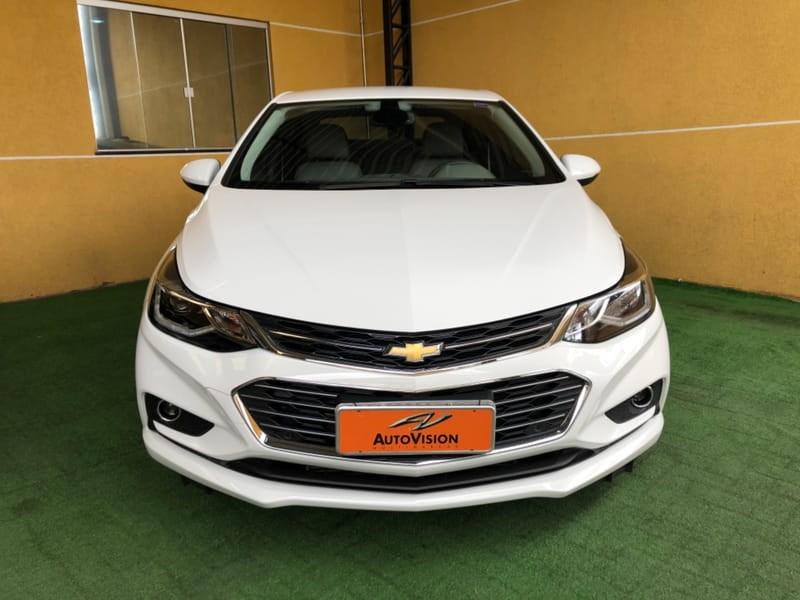 //www.autoline.com.br/carro/chevrolet/cruze-14-sedan-ltz-16v-flex-4p-turbo-automatico/2018/curitiba-pr/14594655