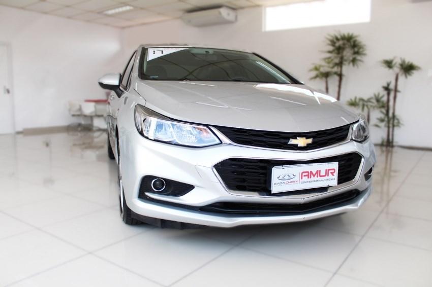 //www.autoline.com.br/carro/chevrolet/cruze-14-sedan-lt-16v-flex-4p-turbo-automatico/2017/mogi-das-cruzes-sp/14643731