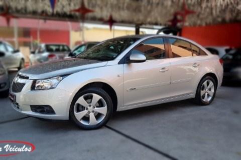 //www.autoline.com.br/carro/chevrolet/cruze-18-sedan-lt-16v-flex-4p-automatico/2014/sao-paulo-sp/14655762