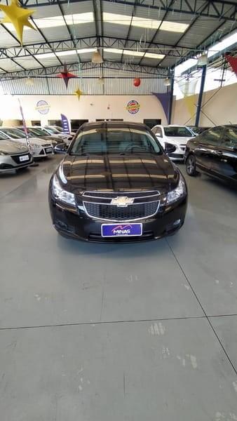 //www.autoline.com.br/carro/chevrolet/cruze-18-sedan-ltz-16v-flex-4p-automatico/2012/araxa-mg/14791184