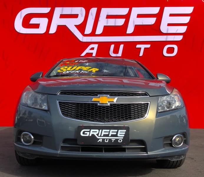 //www.autoline.com.br/carro/chevrolet/cruze-18-sedan-ltz-16v-flex-4p-automatico/2013/curitiba-pr/14860510