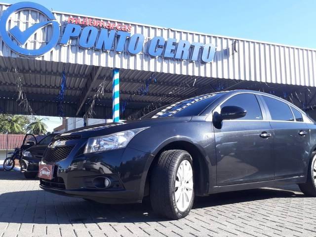 //www.autoline.com.br/carro/chevrolet/cruze-18-sedan-ltz-16v-flex-4p-automatico/2012/indaial-sc/14874836