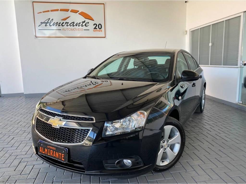 //www.autoline.com.br/carro/chevrolet/cruze-18-sedan-lt-16v-flex-4p-automatico/2014/blumenau-sc/14881631